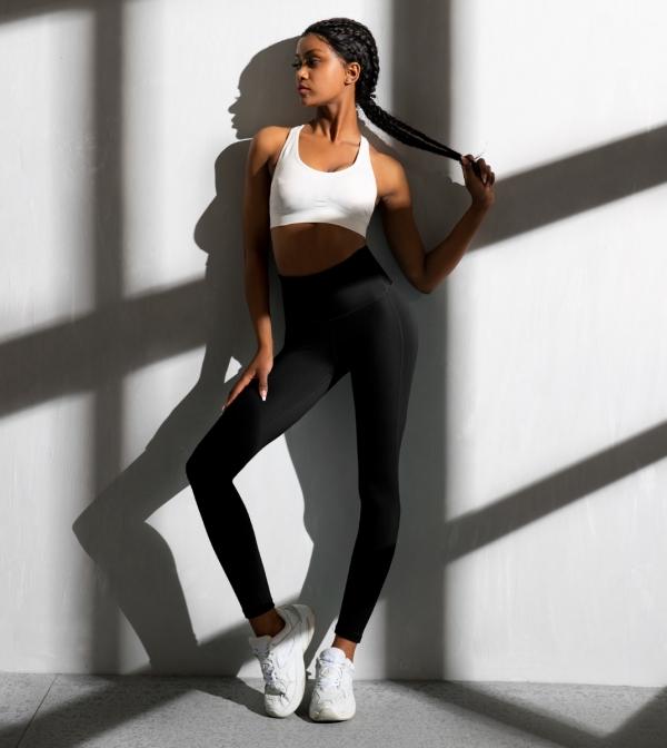 LAPASA Women's High Waist Tummy Control Yoga Leggings Breathable Activewear Sports Tights L01A1